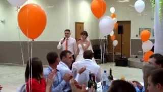 Трогательная песня родителям на свадьбе(Родители,как Ангелы -Хранители мои (песня от молодых), 2015-10-06T20:04:01.000Z)