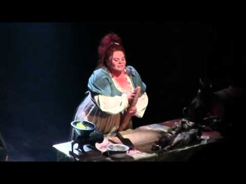 """RIFF OF THE DAY: Keala Settle Takes It Up the Octave in """"Les Miz"""""""