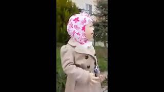 Une petite fille russe apprend a son frère sourat Al-Fâtiha -- Mash'Allah(shAbonnez vous à ღ Alhamdulillah i'm Muslim ღ c'est Gratuit et vous recevrez ensuite toutes nos vidéos ! Baraka Allahû Fik frère et sœur ✿⊱Clique ici pour ..., 2016-11-28T19:00:49.000Z)