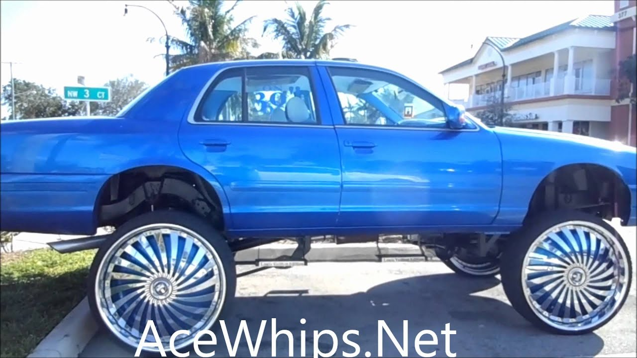 Acewhips Net Ford Crown Vic Lifted On 30 Quot Dub Swyrl