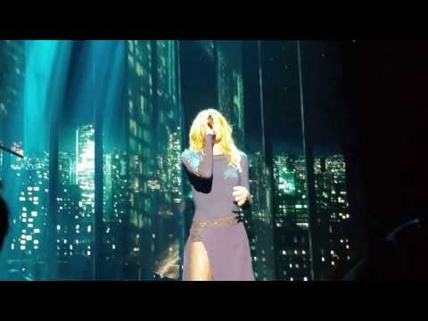 Like We Never Loved At All - Tim McGraw & Faith Hill - Soul2Soul Tour 2017