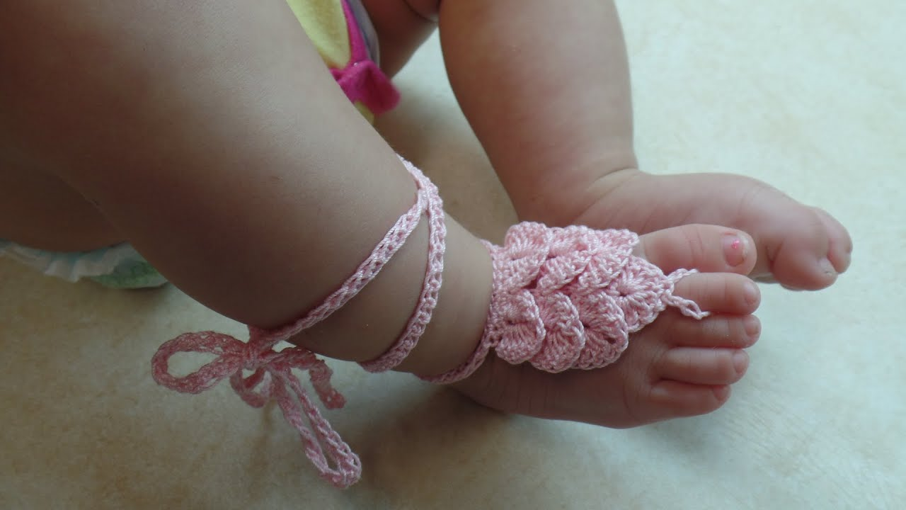 584a8b9026e5 CROCHET How To  Crochet Crocodile Stitch Baby Barefoot Sandals with Thread  TUTORIAL  317 L