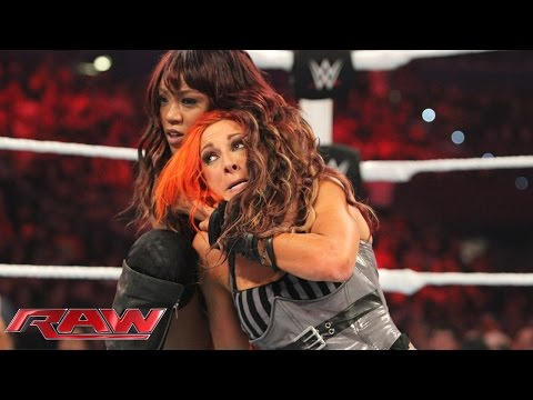 Becky Lynch vs. Alicia Fox – Beat the Clock Challenge: Raw, Aug. 31, 2015