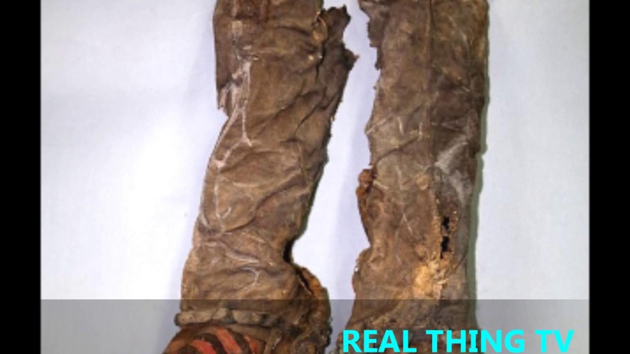 La momia de Mongolia con botas ADIDAS Mongolia enterró momia mil botas años 69fbc0c - itorrent.site