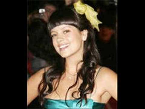 lily-allen-everythings-just-wonderful