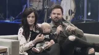 Repeat youtube video Kari Jobe & Cody Carnes on Worship, Their Marriage Testimony, and Facing Tragedy