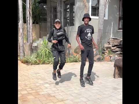 Mozambique dance challenge 🙌🏻🚀🚀🚀🚀🚀 #mozambiquechallenge #mozambiquedancechallenge