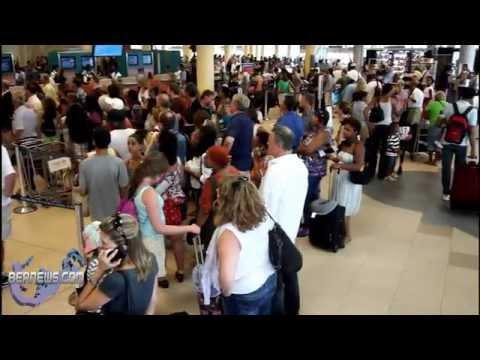 LF Wade Airport Evacuated, Gate Locked, Aug 26 2012
