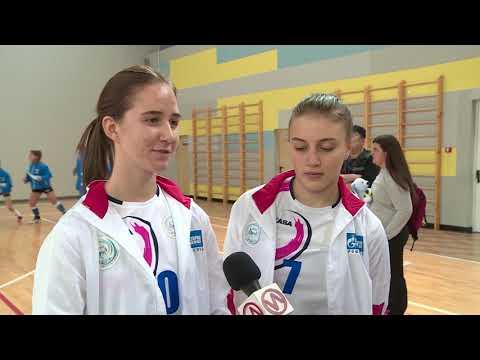 В Новом Уренгое открылось первенство Ямала по волейболу