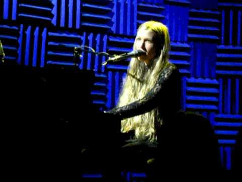&39;The Stalker Song&39; - Charlotte Martin - Joe&39;s Pub NYC - 13109