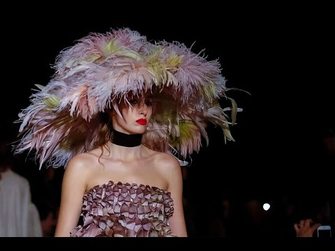 Giles   Spring Summer 2016 Full Fashion Show   Exclusive