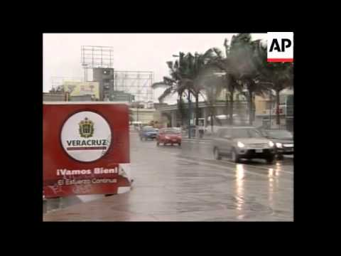 Hurricane Dean takes aim at mainland Mexico, Veracruz