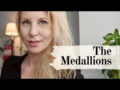 Medallions Playing Cards - Deck Review By Caroline Ravn