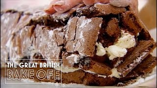 How to roll a chocolate roulade with Mary Berry / The Great British Bake Off