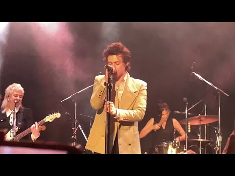 Golden - Harry Styles (live in NYC 2.29.20)