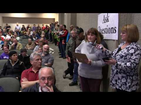 Congressman Doug LaMalfa Town Hall Redding 2017