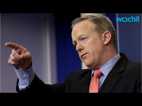 Thumbnail: How Did Sean Spicer React To Melissa McCarthy's SNL Skit?