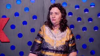Sobre ética e chocolates   Lúcia Helena Galvão   TEDxPassoFundo