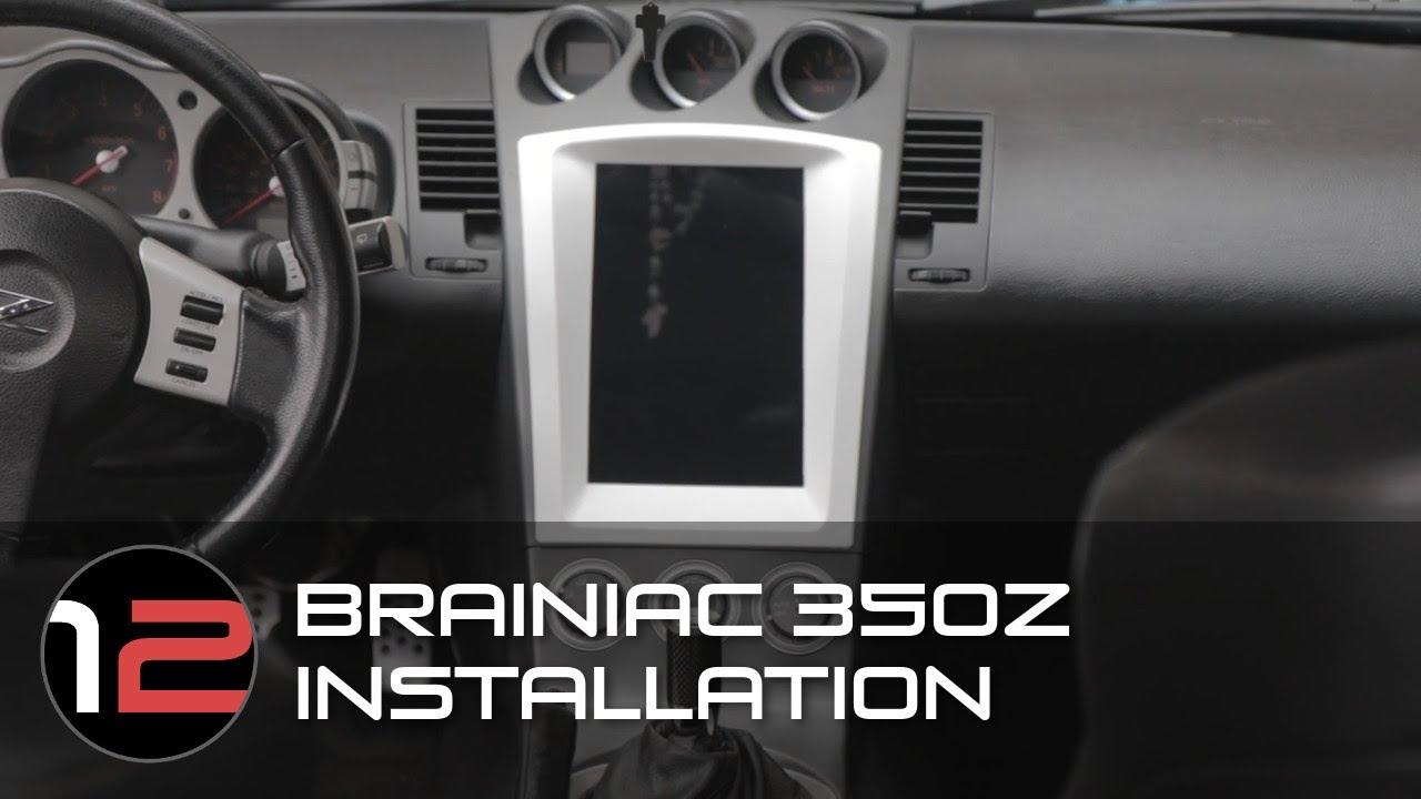 Nissan 350Z - iniac Tablet Kit on