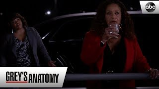 Bailey Convinces Catherine To Go To Her Party - Grey's Anatomy Season 15 Episode 15
