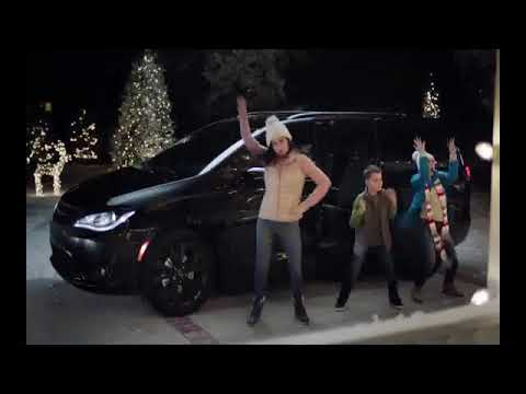 Chrysler Christmas Commercial 2020 2018 Chrysler Pacifica Holiday Commercial ft. Kathryn Hahn   YouTube