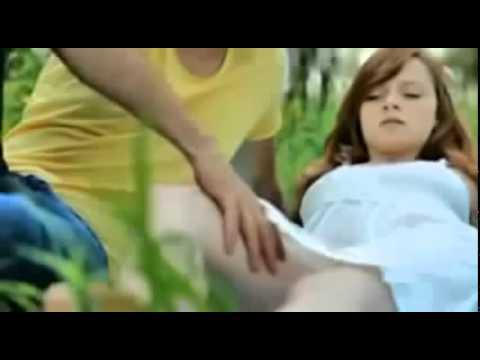 Video Iklan Lucu - Wanita Seksi DiRABA-RABA
