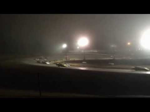 9/4/2016 Gillette Thunder Speedway main event (outside)