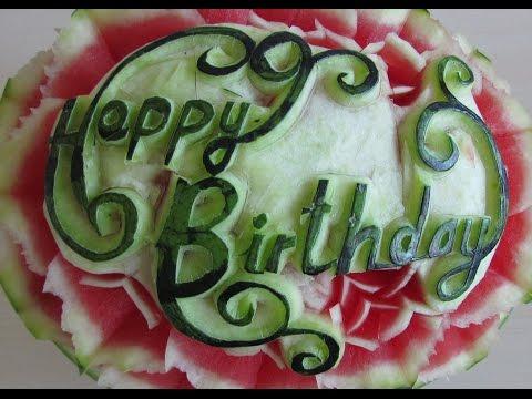 Pruning birthday flowers from Watermelon-Cách tỉa hoa chúc sinh nhật 1 Geburtstag Blumen schnitzen.