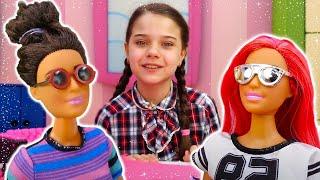 Видео про Куклы Барби - Как Кукла Тереза стала красавицей? Игрушки для девочек. Игры в Салон красоты