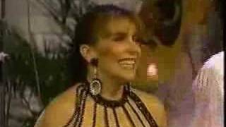 La Sonora Dinamita y Veronica Castro Tributo a la cumbia Col...