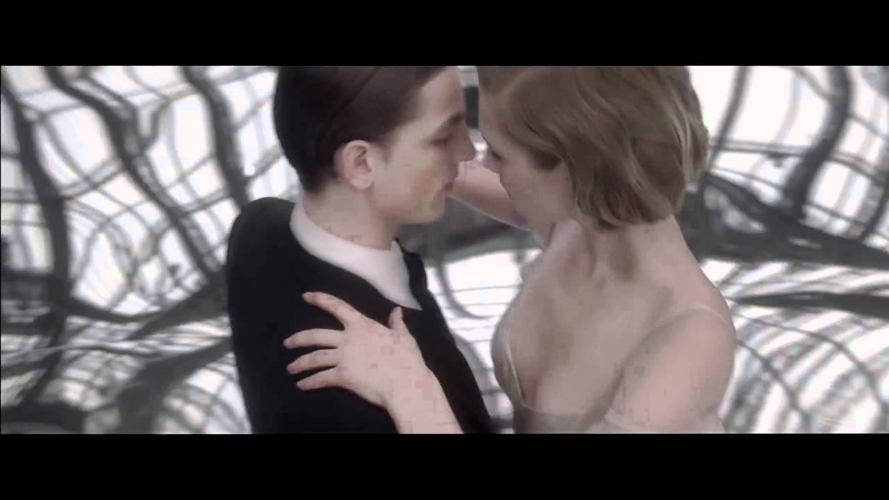 Видео: Cartier Baiser Vole