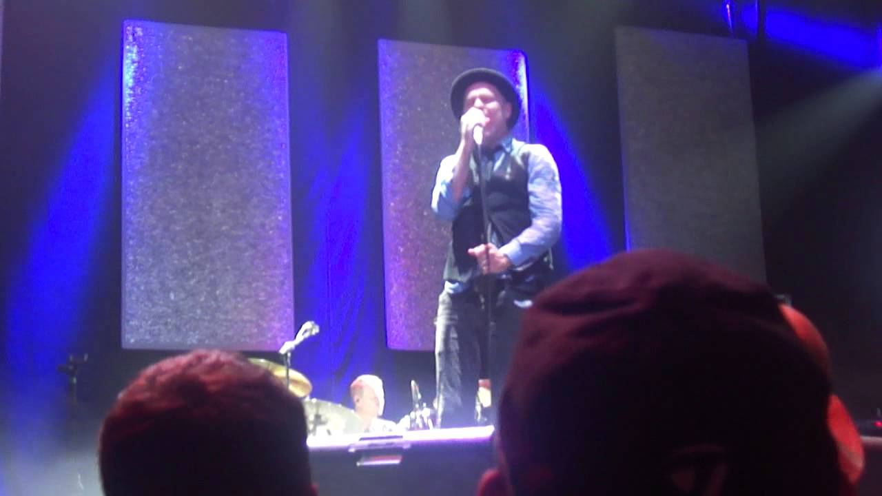 Read Gord Downie's lyrics about dealing with cancer before
