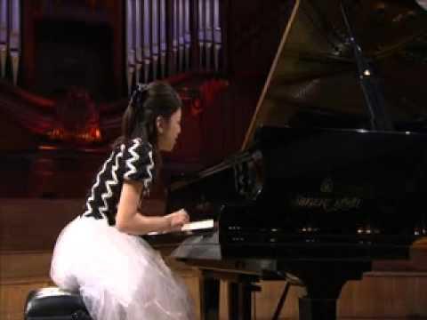 Airi Katada  Chopin: Mazurka A minor op.17 - 4
