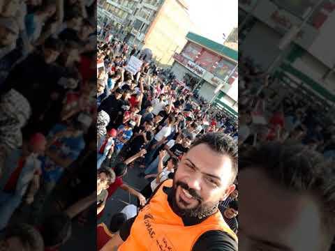 مظاهرات ميسان رقص الاعلامي علاء طالب الصبيحاوي مع المتظاهرين