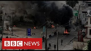 "Nigeria's security forces ""shoot dead at least 12 civilians"" as protests grow - BBC News"