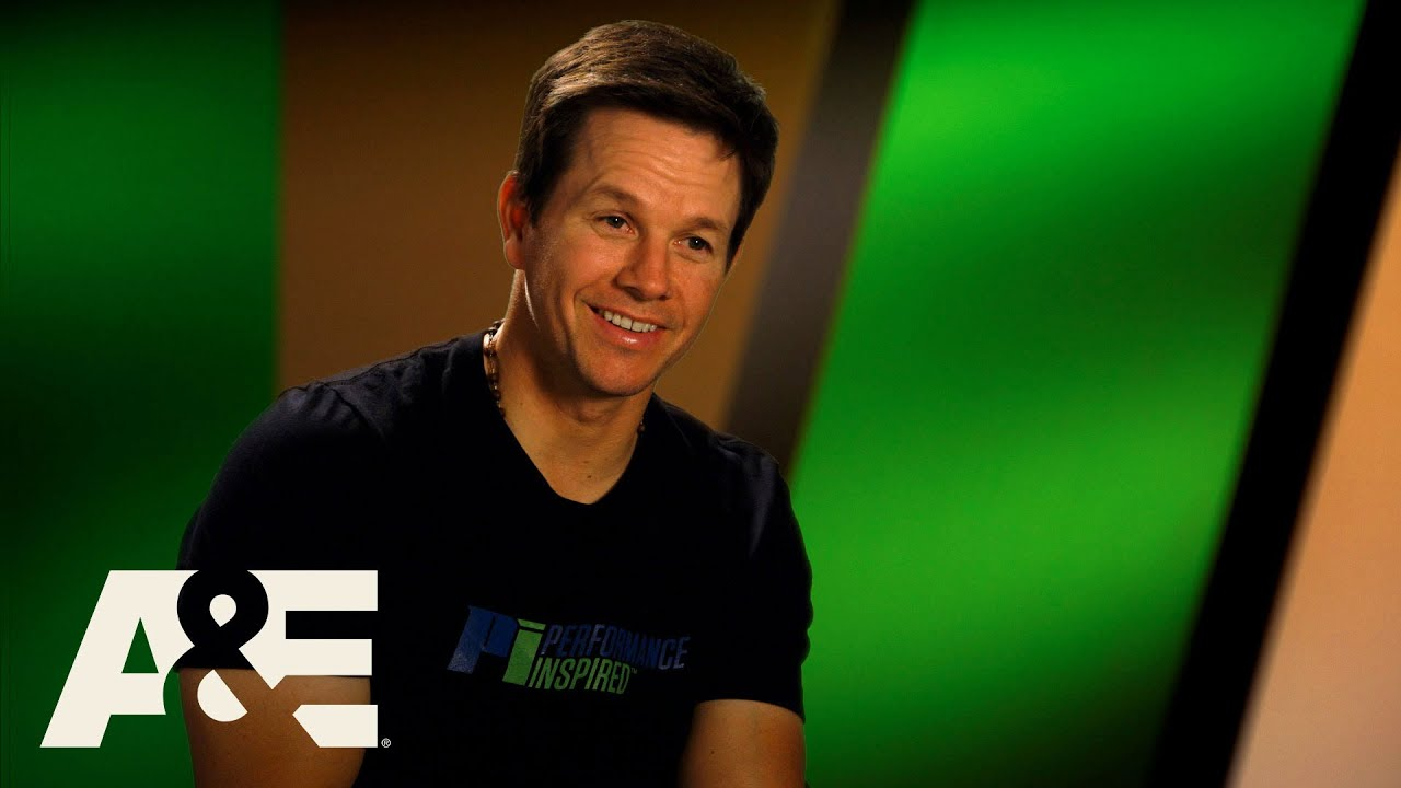 Download Wahlburgers: Bonus: First Time at Fenway  (Season 5, Episode 8)   A&E