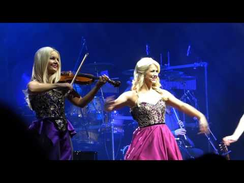 Oonagh und Celtic Woman