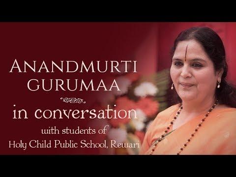 Anandmurti Gurumaa in Conversation with Students