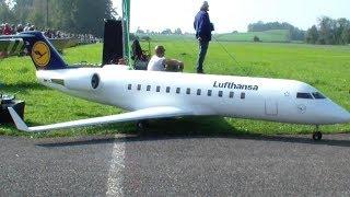 BOMBARDIER CRJ200 CANADAIR REGIONAL JET RC DOUBLE TURBINE MODEL AIRLINER