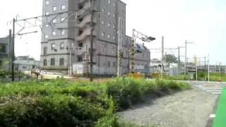 茨城空港連絡バス・かしてつバス専用道に入るバス 常磐線E653系石岡発車