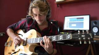 Jazz Practice #1 Wes Montgomery D-Natural Blues Solo Transcription played by Matteo De Feo