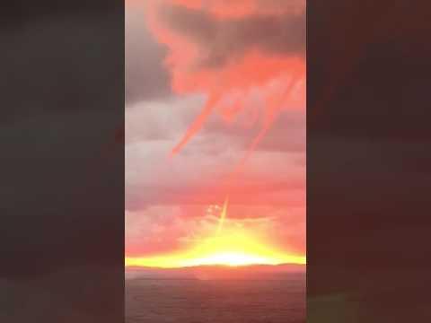 Discovery cruise ship tornado