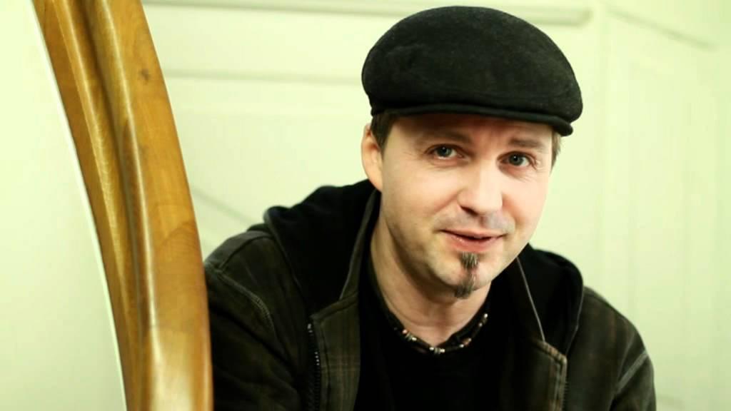 Endlich Montag Joshua Carson Deutscher Liedermacher Singer Und Songwriter