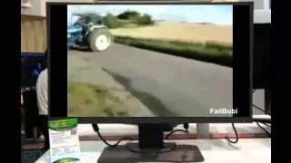Чего только не вытворяют тракторы на дорогах - крутая нарезка!!!  приколы авто 2014