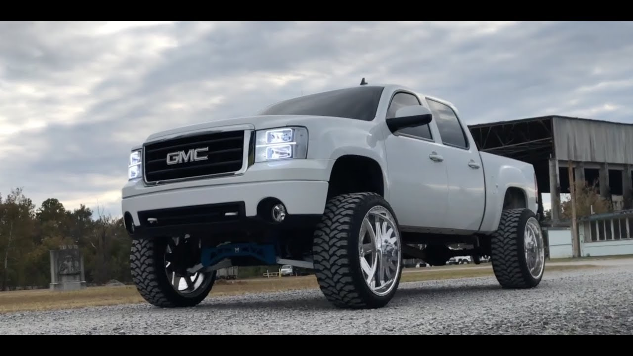 HUGE GMC SIERRA ON 26X14 AMERICAN FORCE WHEELS - YouTube
