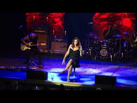 Beth Hart - A Sunday Kind Of Love (Etta James) Live In Toronto July 13 2018
