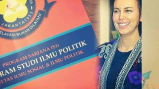 Video Tukang Komplain, Sophia Latjuba Kuliah Politik download MP3, 3GP, MP4, WEBM, AVI, FLV Desember 2017