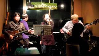theQuietFive 新春ライブ in 松戸CORCOVADO(2012.01.06) Gt. 成澤 隆文 ...
