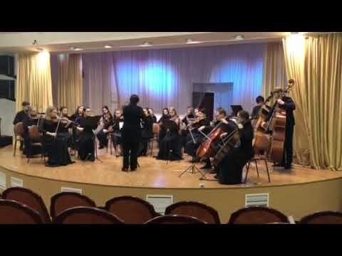 Peter Warlock Capriol. Suite for String Orchestra Pieds-en-lair