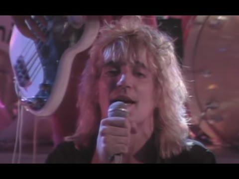 Rod Stewart - Aint Love A Bitch